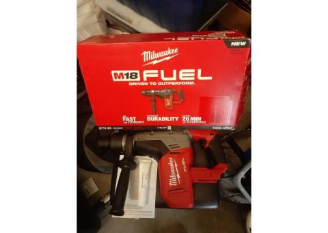 "Milwaukee M18 FUEL 1-9/16"" SDS Max Hammer Drill (Tool Only) 2717-20"